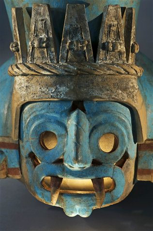Vaso ritual policromo procedente del Templo Mayor. Foto: Kenneth Garrett