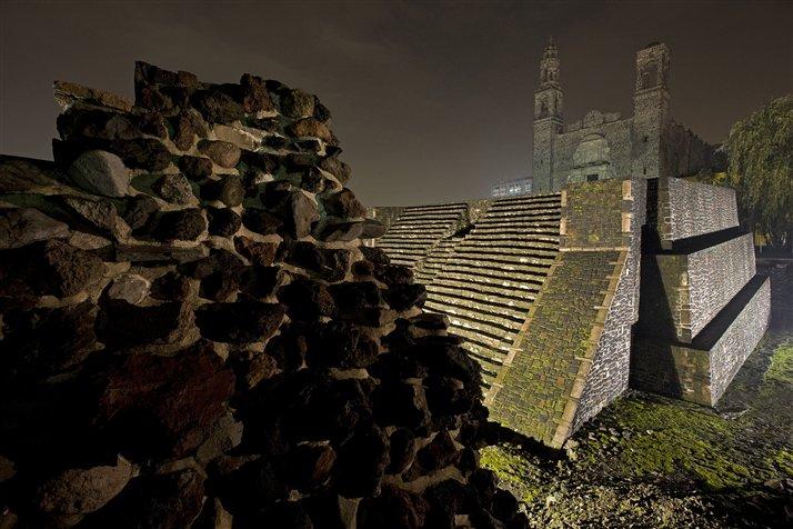 Tlatelolco, la ciudad gemela de Tenochtitlan, alberg? uno de los mercados m?s grandes de Mesoam?rica. Foto: Peter Essick