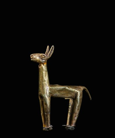 Figurilla ritual representando una llama. Museo de Antropolog?a, Arqueolog?a e Historia de Lima.