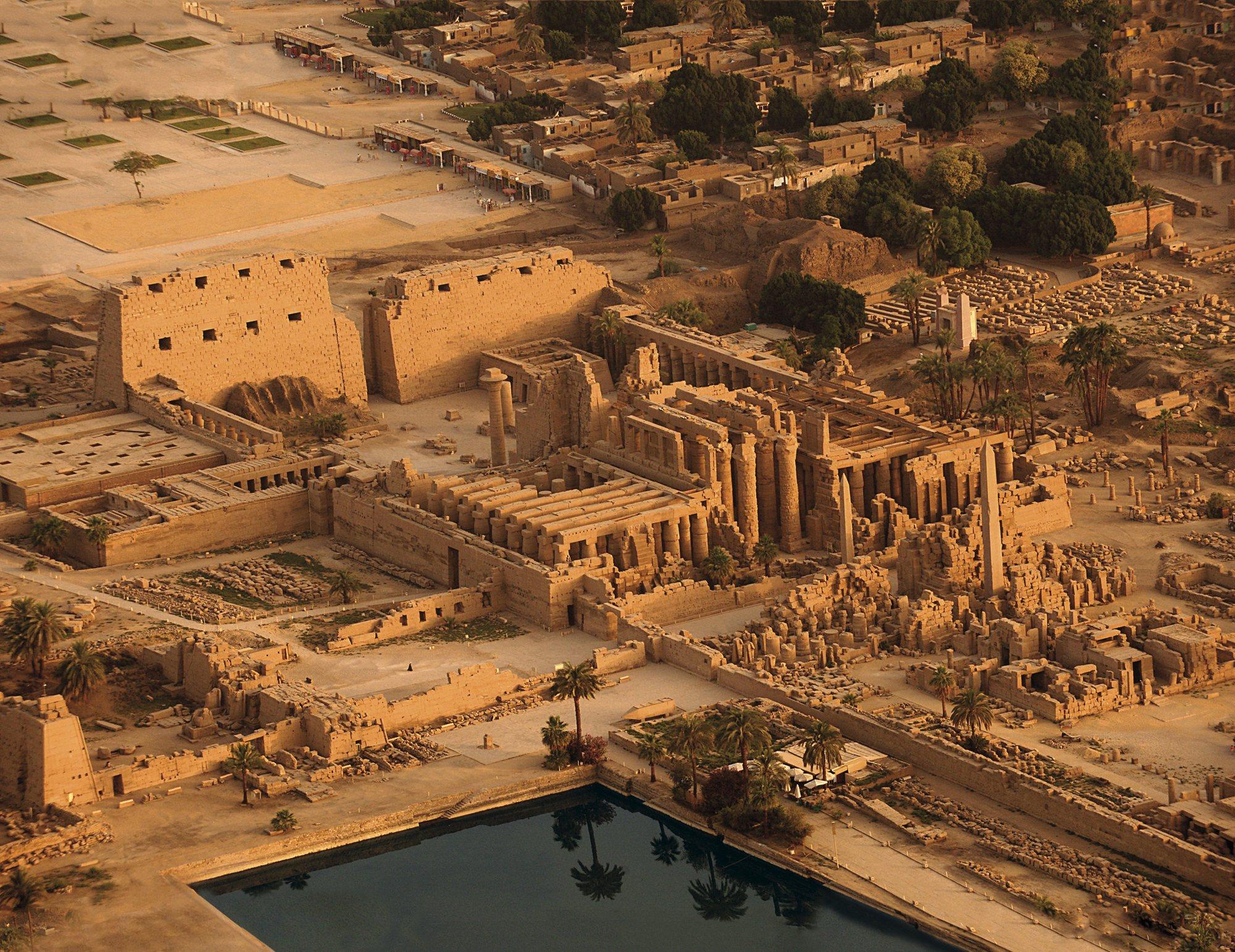 Resultado de imagen de Gran Templo de Amón en Karnak