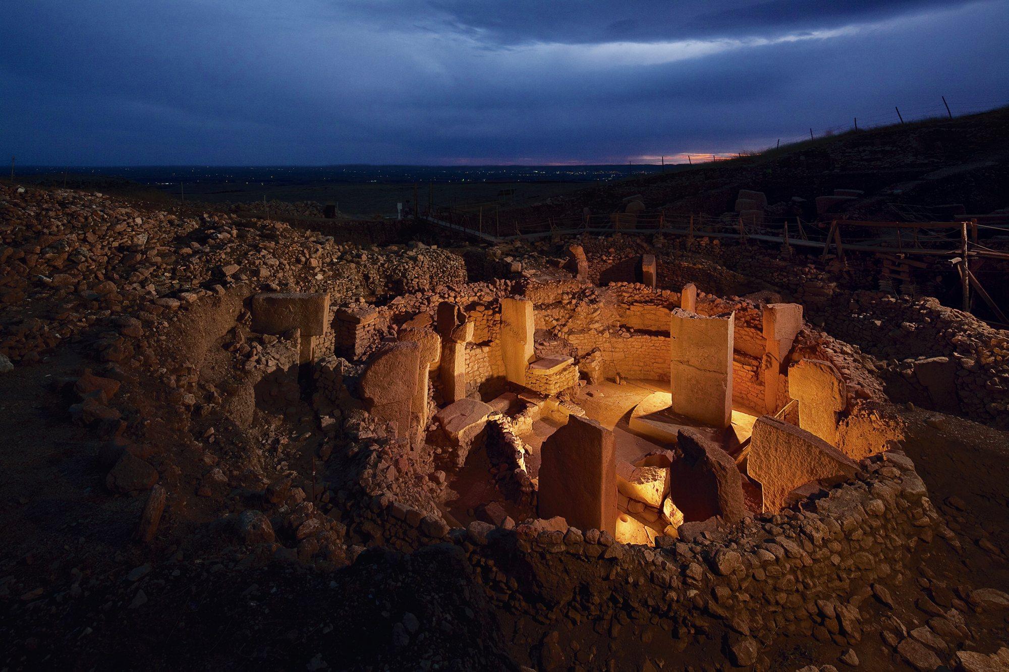 """Göbekli Tepe (en turco """"Colina panzuda"""") El_santuario_mas_antiguo_del_mundo_2000x1333"""
