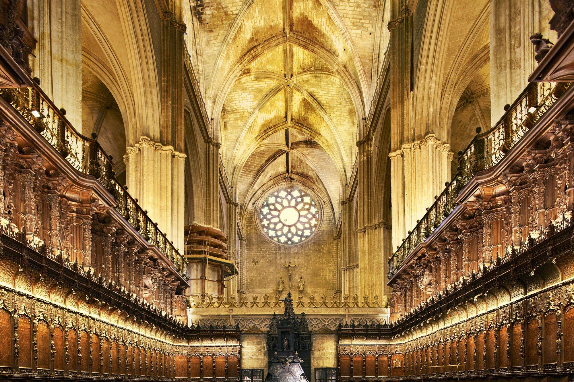 Details of sevilla - Catedral de sevilla interior ...
