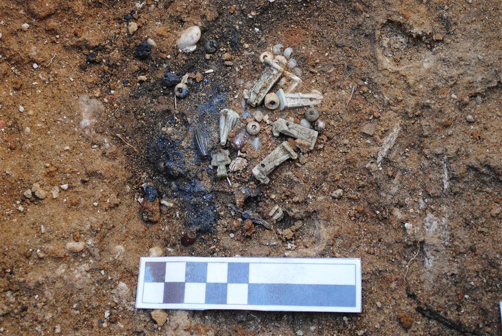 Descubren en Cádiz doce tumbas púnicas con amuletos egipcios Cadiz_1000x669_2