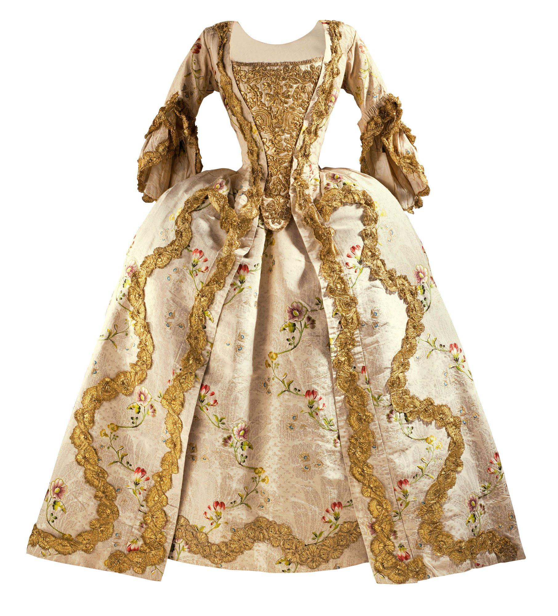 vestidos de la epoca antigua: