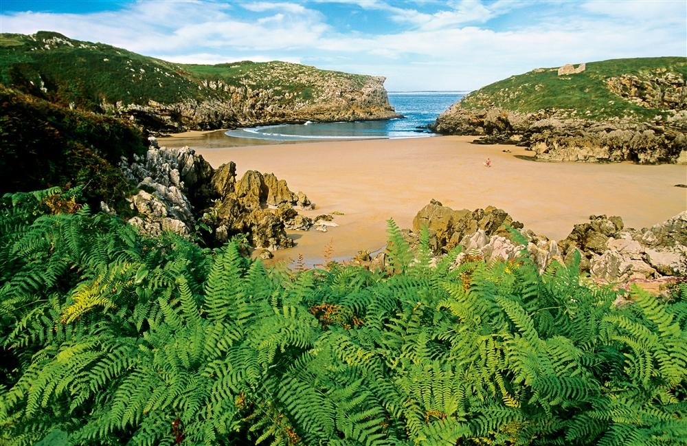 Playa de Cué. Llanes (Asturias)
