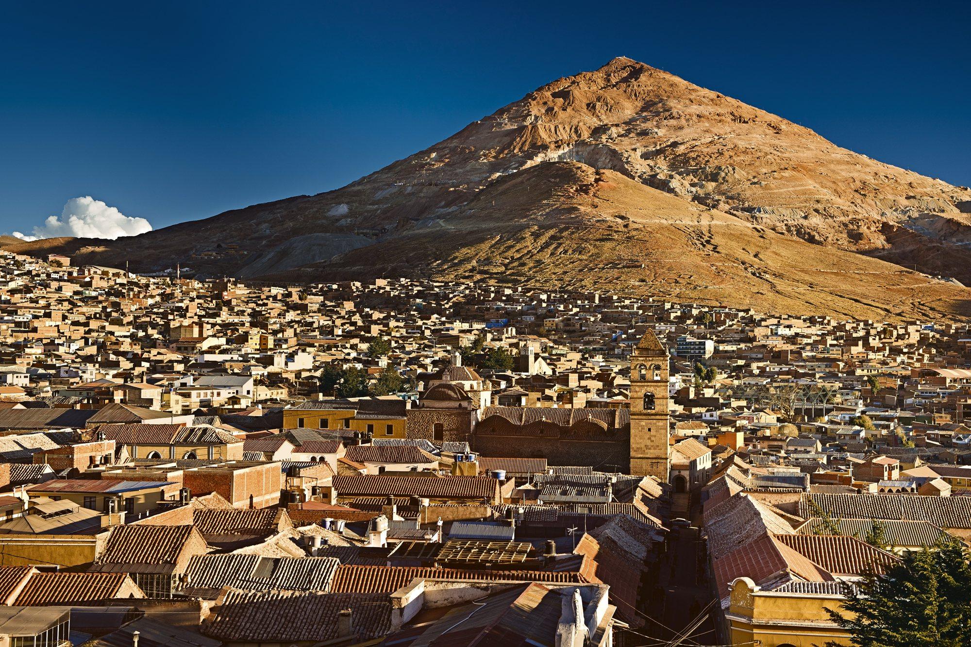 42-47834941. El cerro rico de Potosí