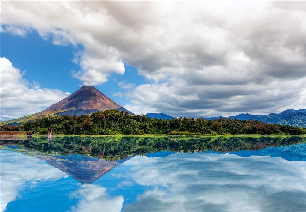 Arenal Volcano by ∏ Matt Szymkow (1 of 1). Parque Nacional del Arenal
