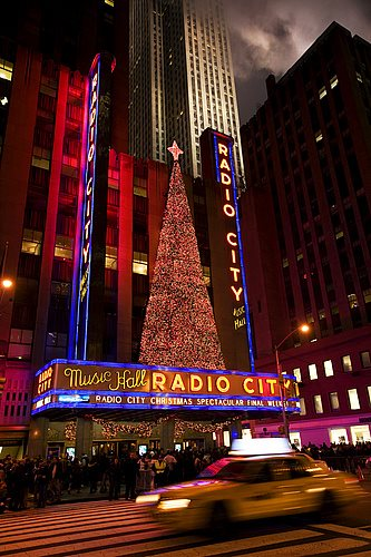 HEMIS 0299369. Teatro navideño en el Radio City Music Hall