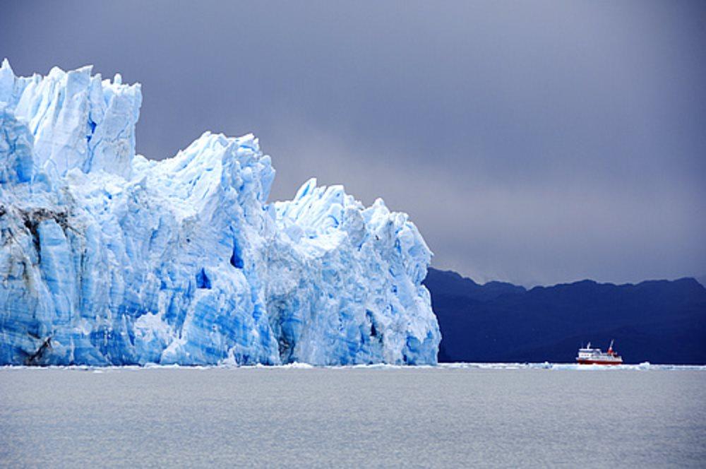 Fiordo Eyre. Región Magallánica. Chile