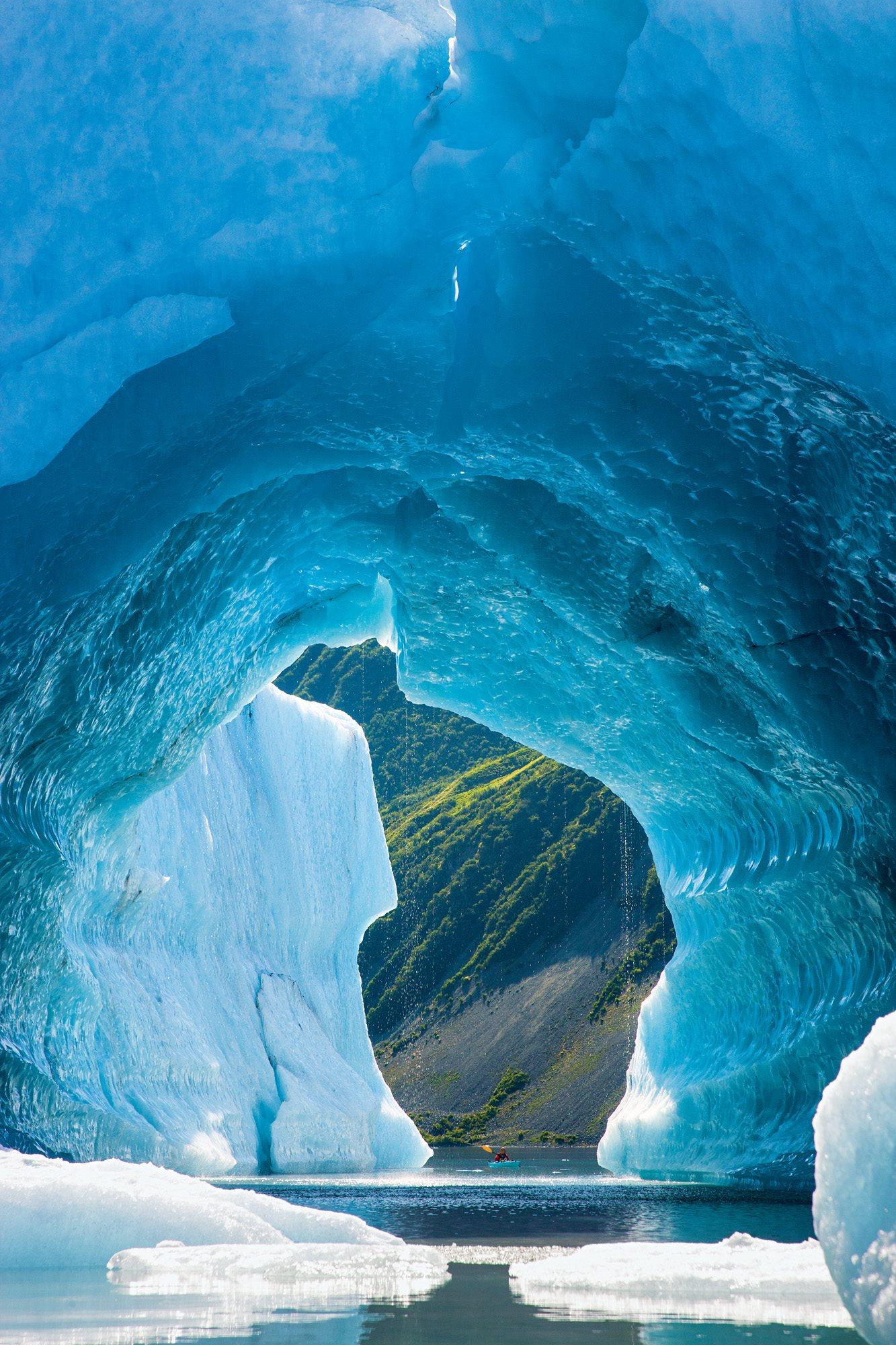 100824-210. Glacier Bay