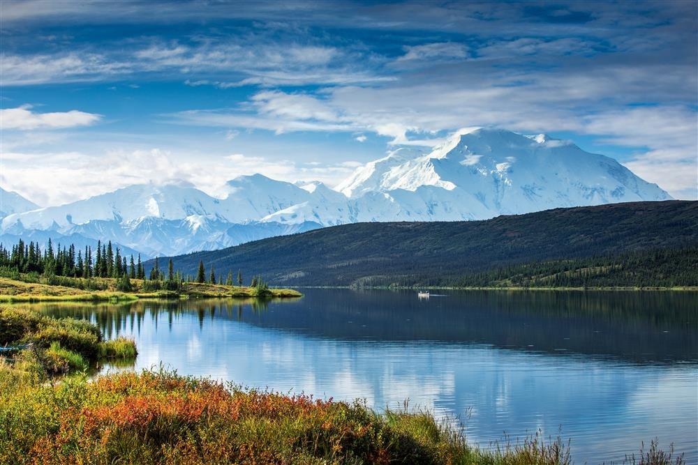 Alaska Wonder Lake HR 6000px. El Monte Mckinley
