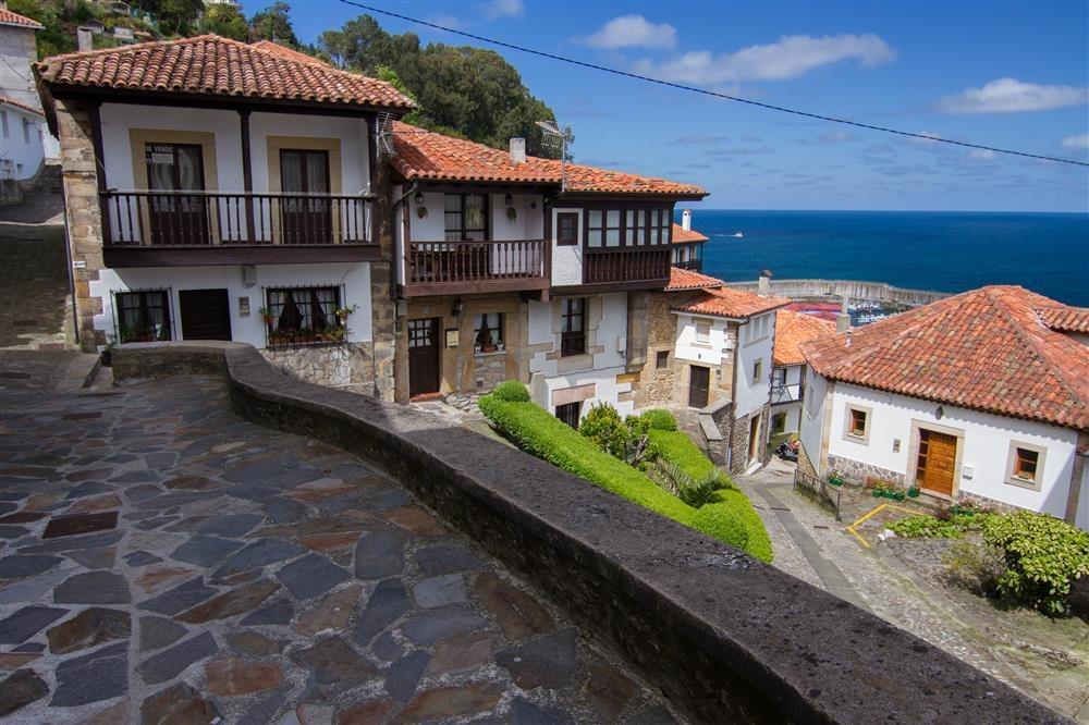 Los 57 pueblos m s bonitos de espa a - Casas gratis en pueblos de espana ...