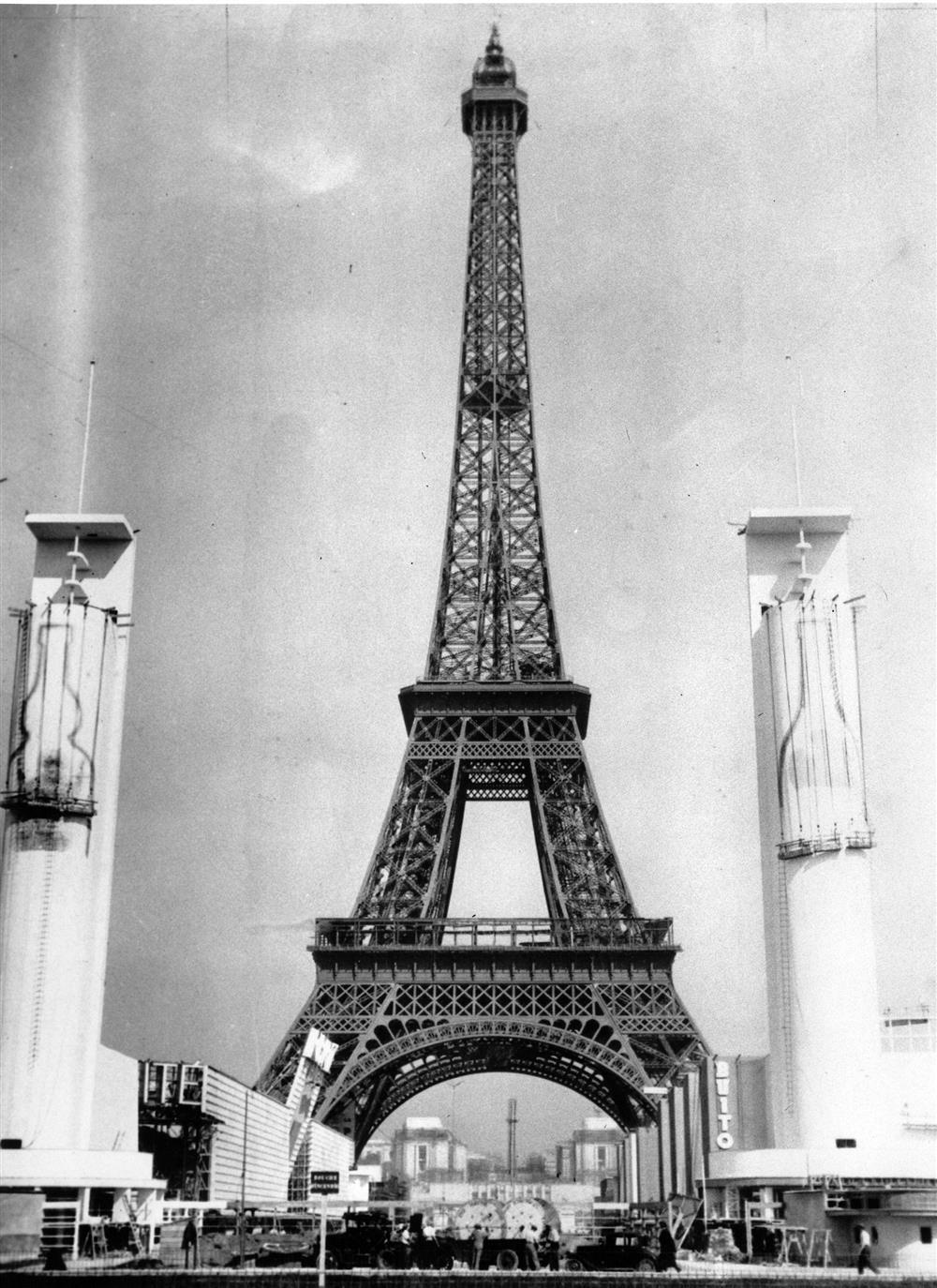 La Torre Eiffel. La Torre Eiffel, París, 1937