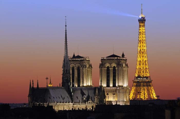 París, Francia. Dos lugares emblemáticos de París