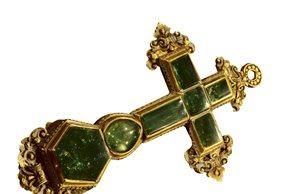 Cruz de esmeraldas