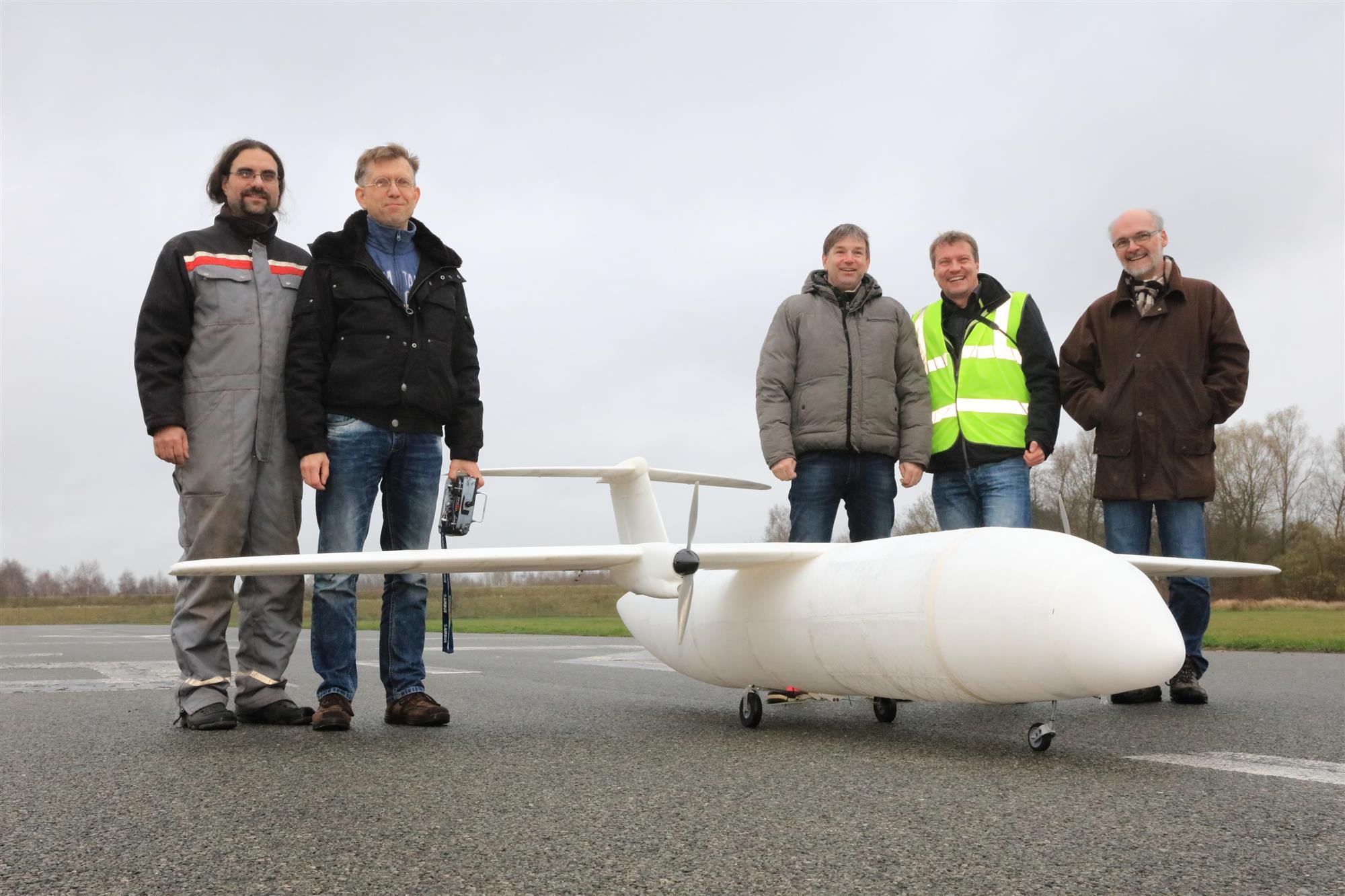 Las medidas del avión impreso en 3D