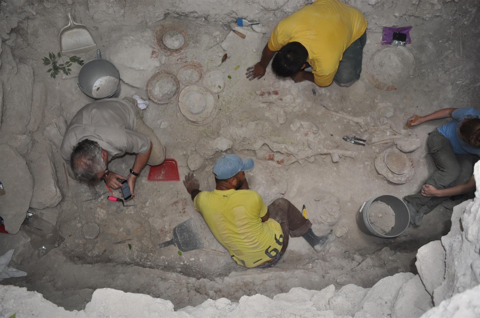 Hallan una de las mayores tumbas mayas jamás descubiertas