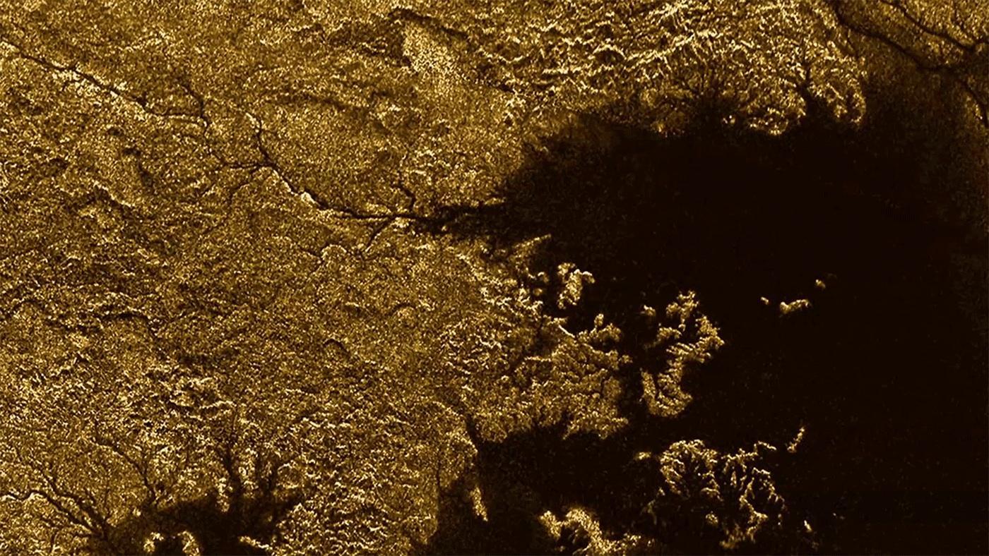 Cursos fluviales de metano en Titán