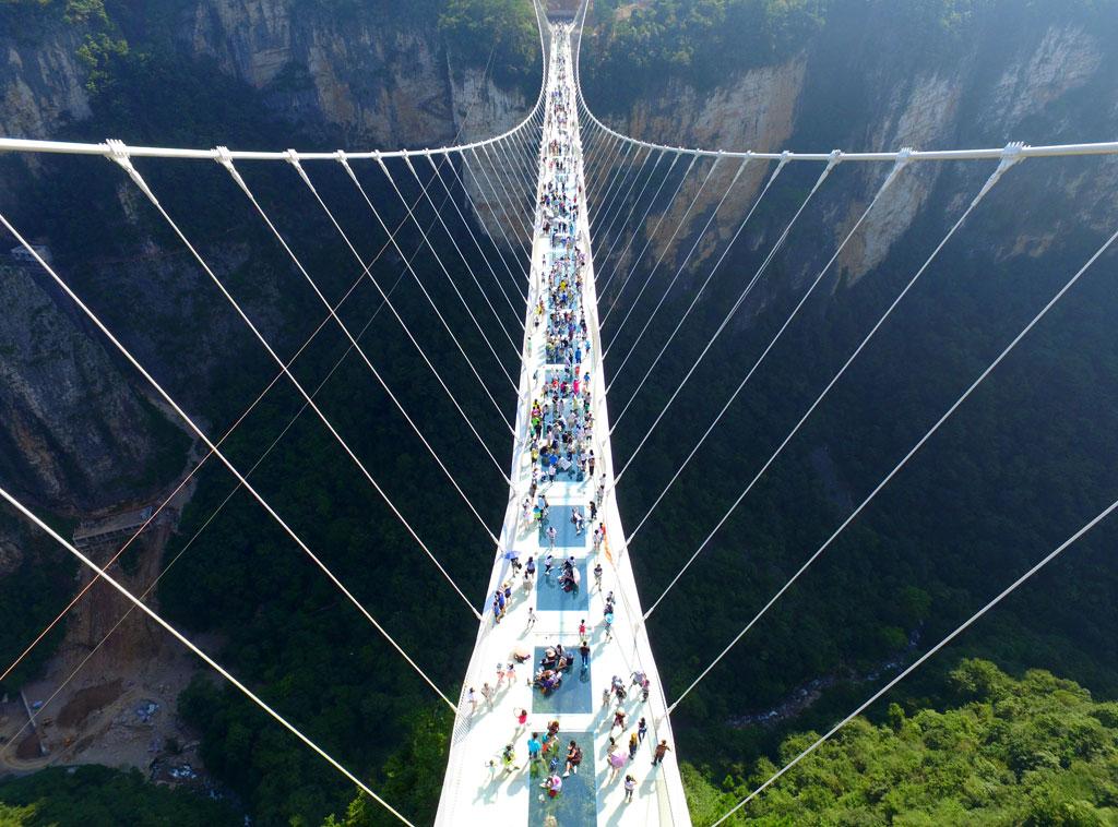 China Cuenta Con El Puente De Cristal M 225 S Largo Y Alto Del
