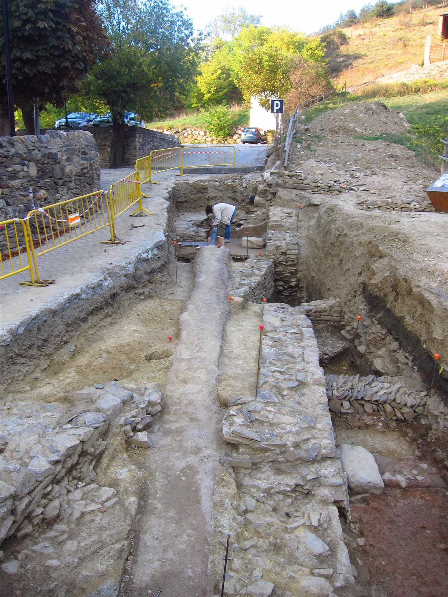 Hallado El Templo Del Foro Romano De Llivia En La Provincia De Girona