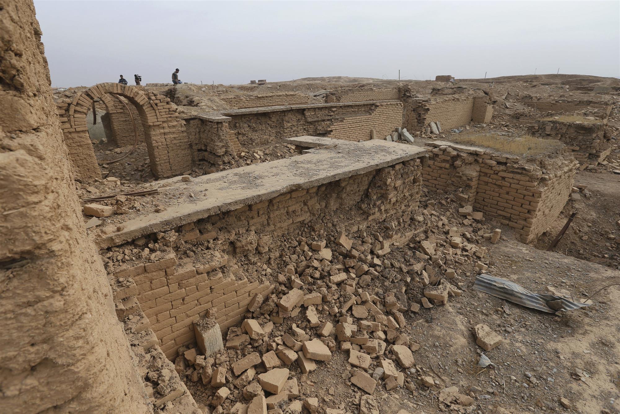 Nimrud la antigua capital de asiria se encuentra hecha for Estructuras arquitectonicas