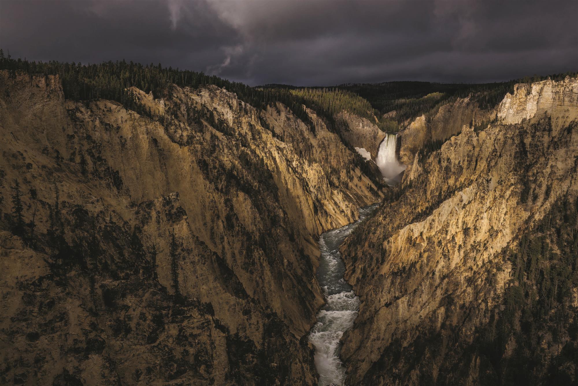Yellowstone, naturaleza a la americana