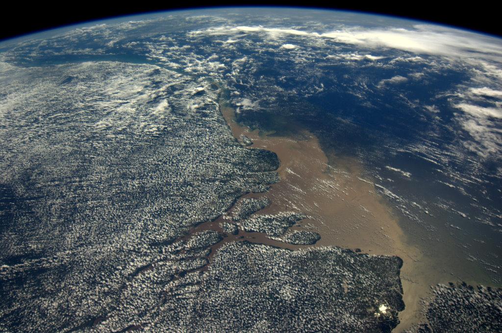 Desembocadura del río Amazonas. Costa de Pará, Brasil