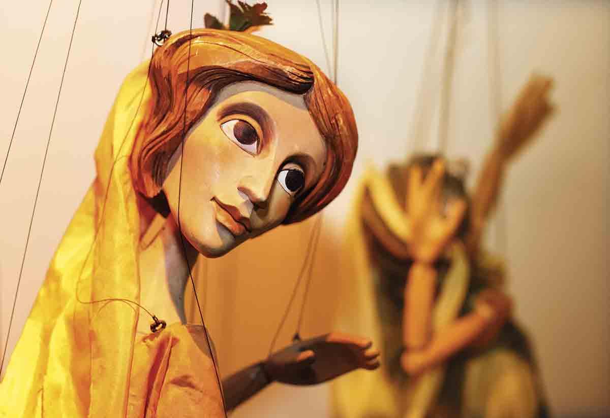 BCWK4D. El Teatro Negro y de marionetas