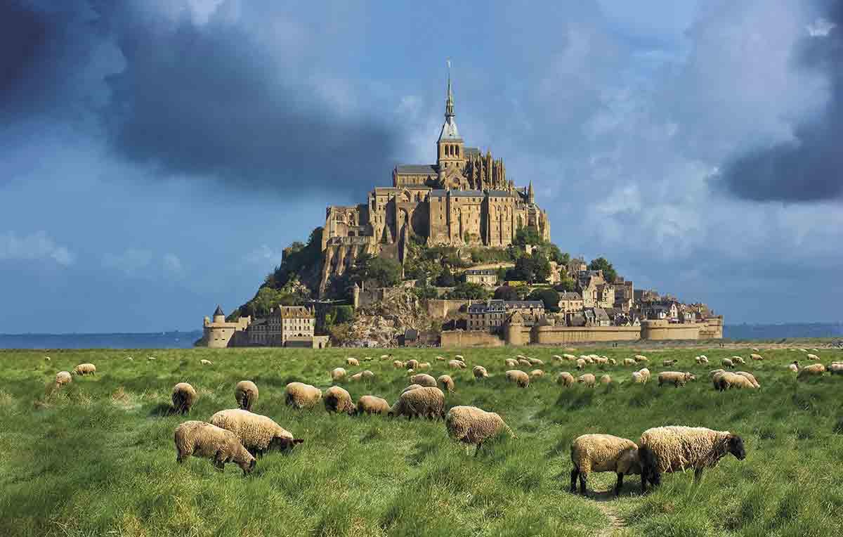 Normandía: tierra de playas, acantilados y ciudades góticas