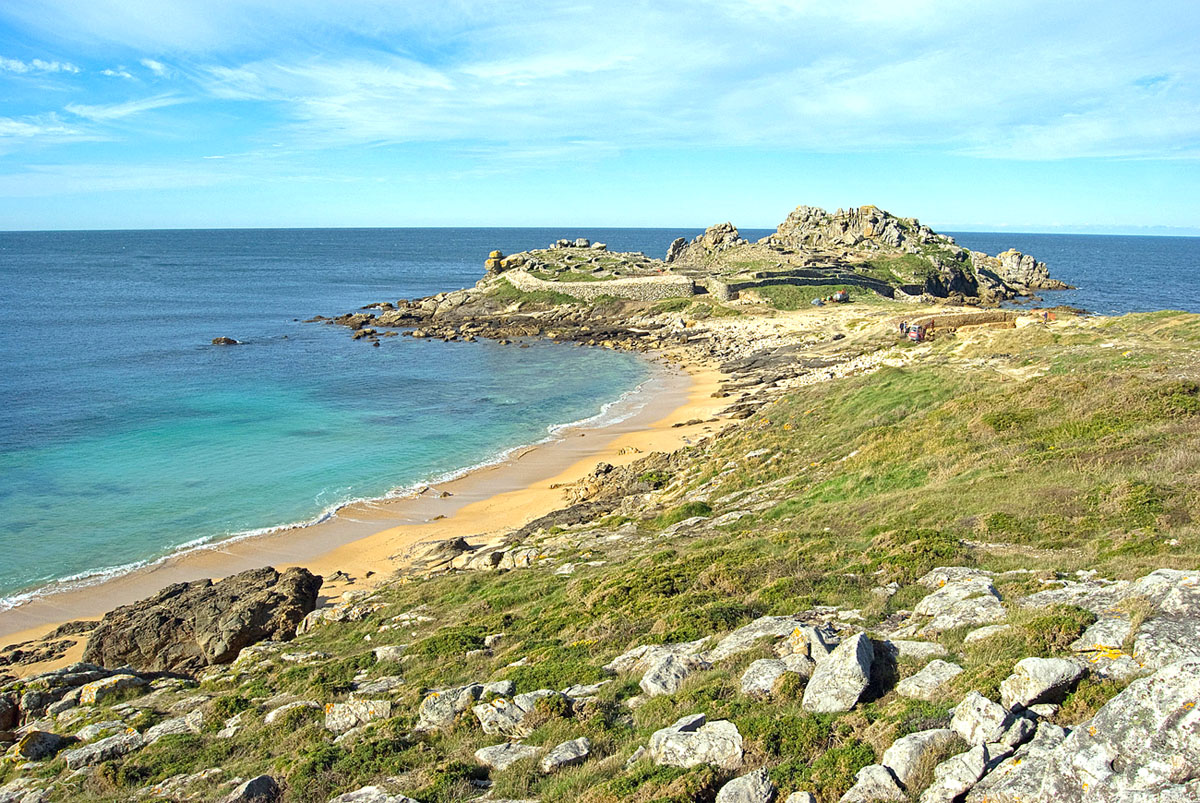 15-Castro de Baroña-Porto do Son 03 web. Playa de Arealonga, Castro de Baroña (A Coruña)