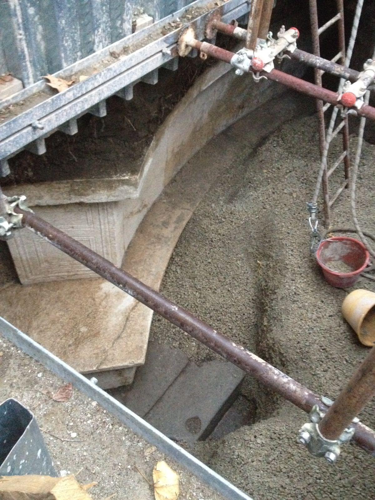 Excavan una tumba monumental en Pompeya