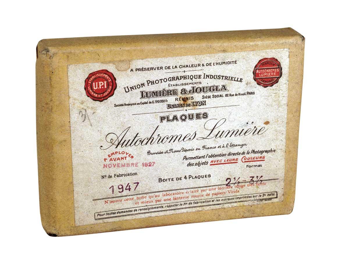 lumieres-color. Paquete de placas autocromas Lumière, 1907-1920