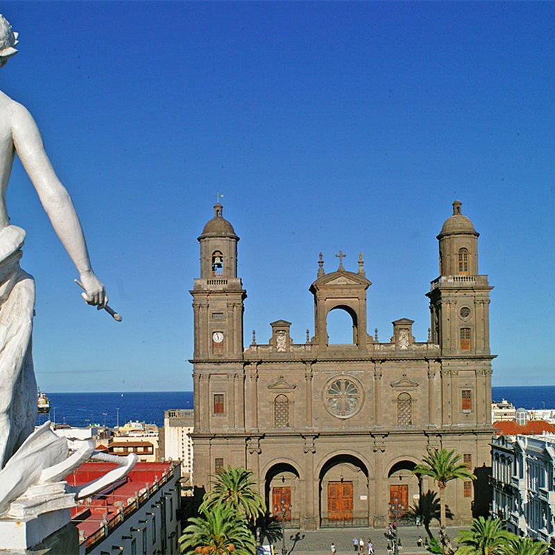 Las Palmas de Gran Canaria, un paseo con Pérez Galdós