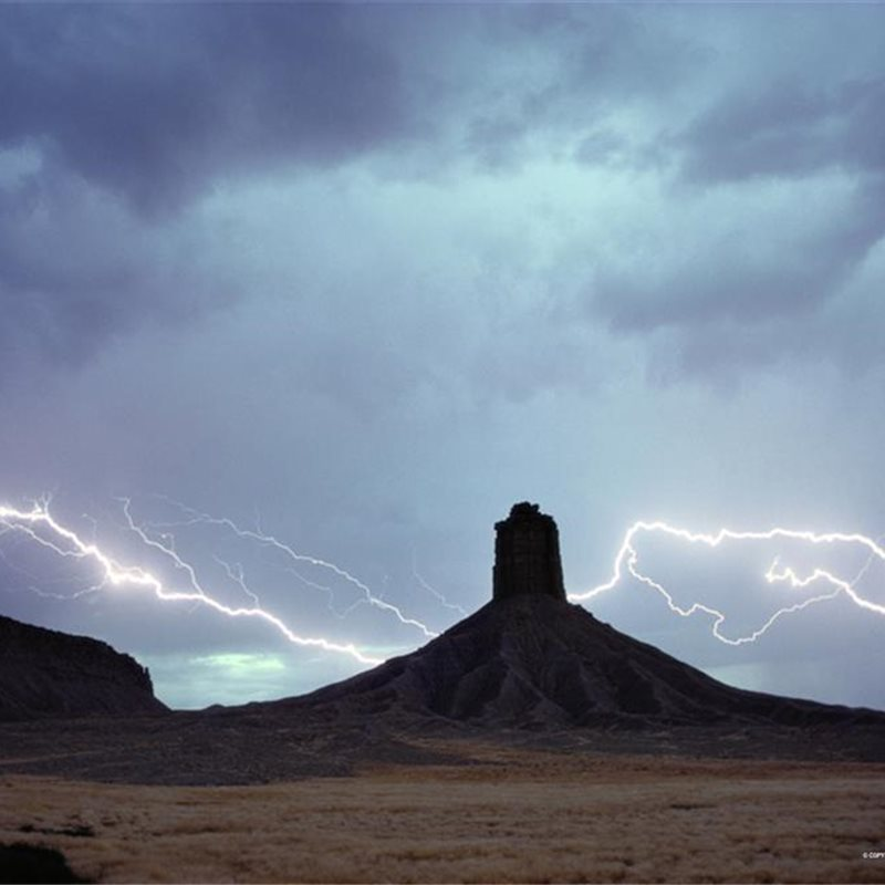 Tormenta en Chimney Rock, Colorado