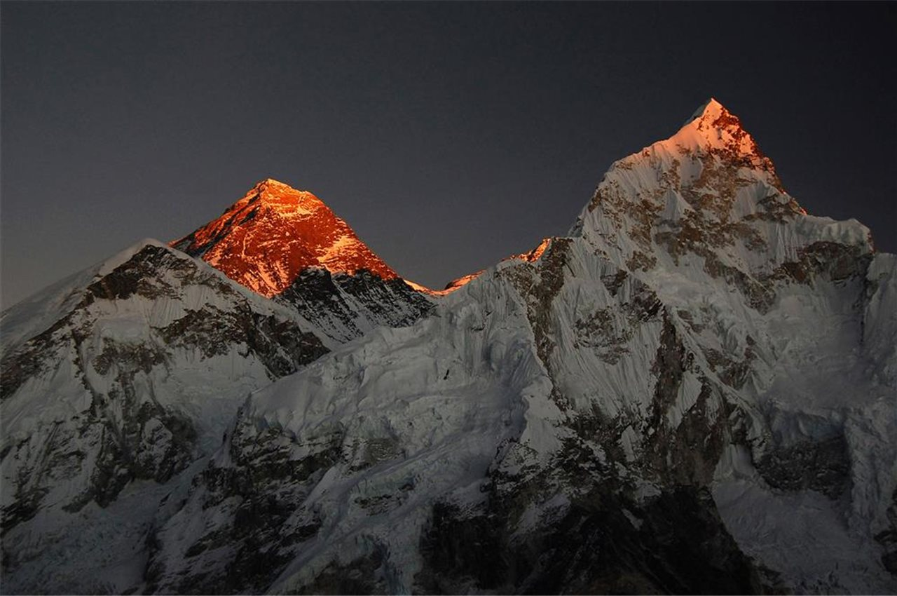 Atardecer en el Everest