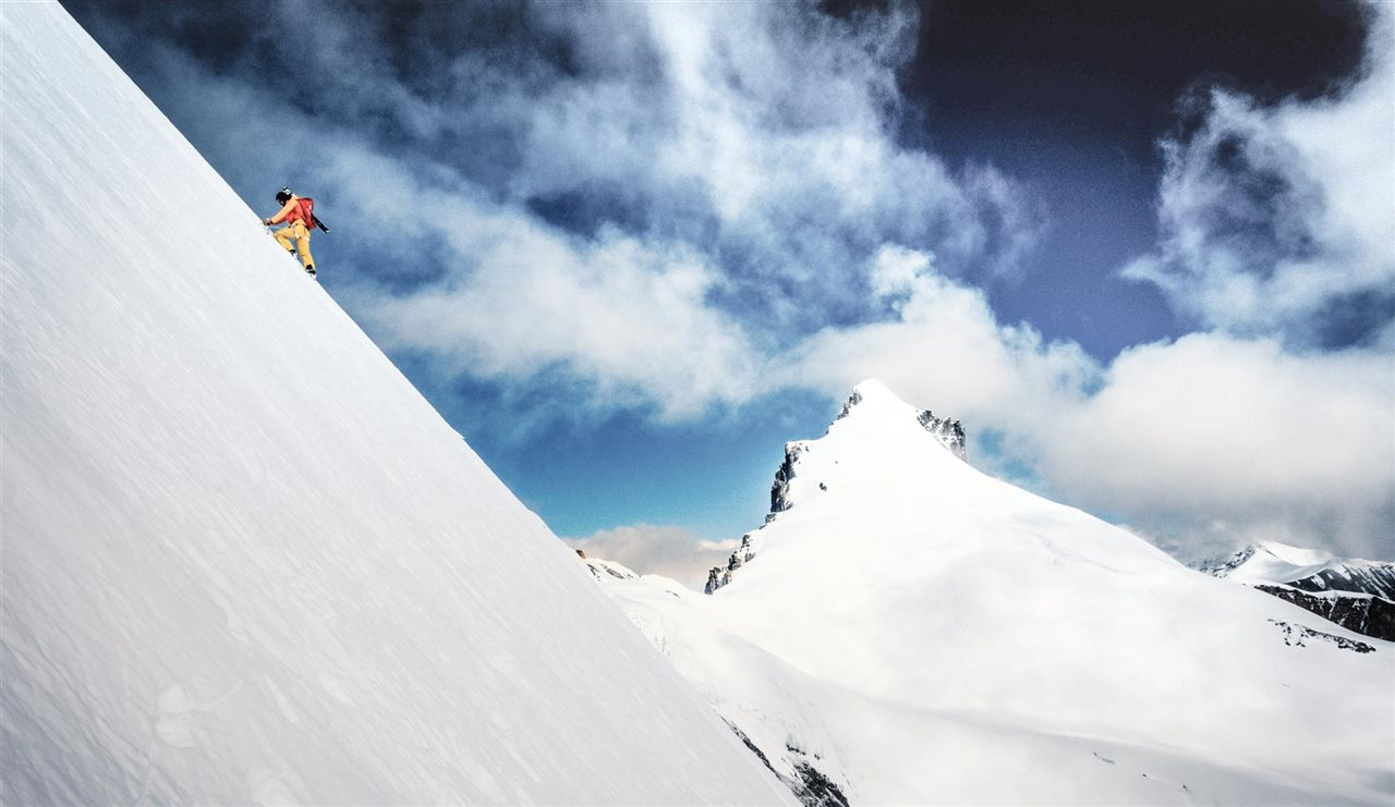 Kilian Jornet en su histórico doble ascenso al Everest