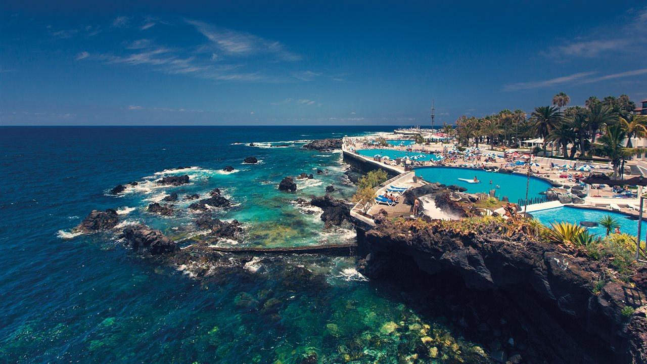 Tenerife isla de contrastes for Piscinas martianez