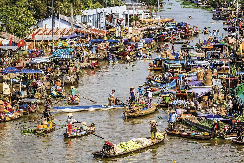 mekong-delta-floating-market-vietnam_19b37a76.jpg