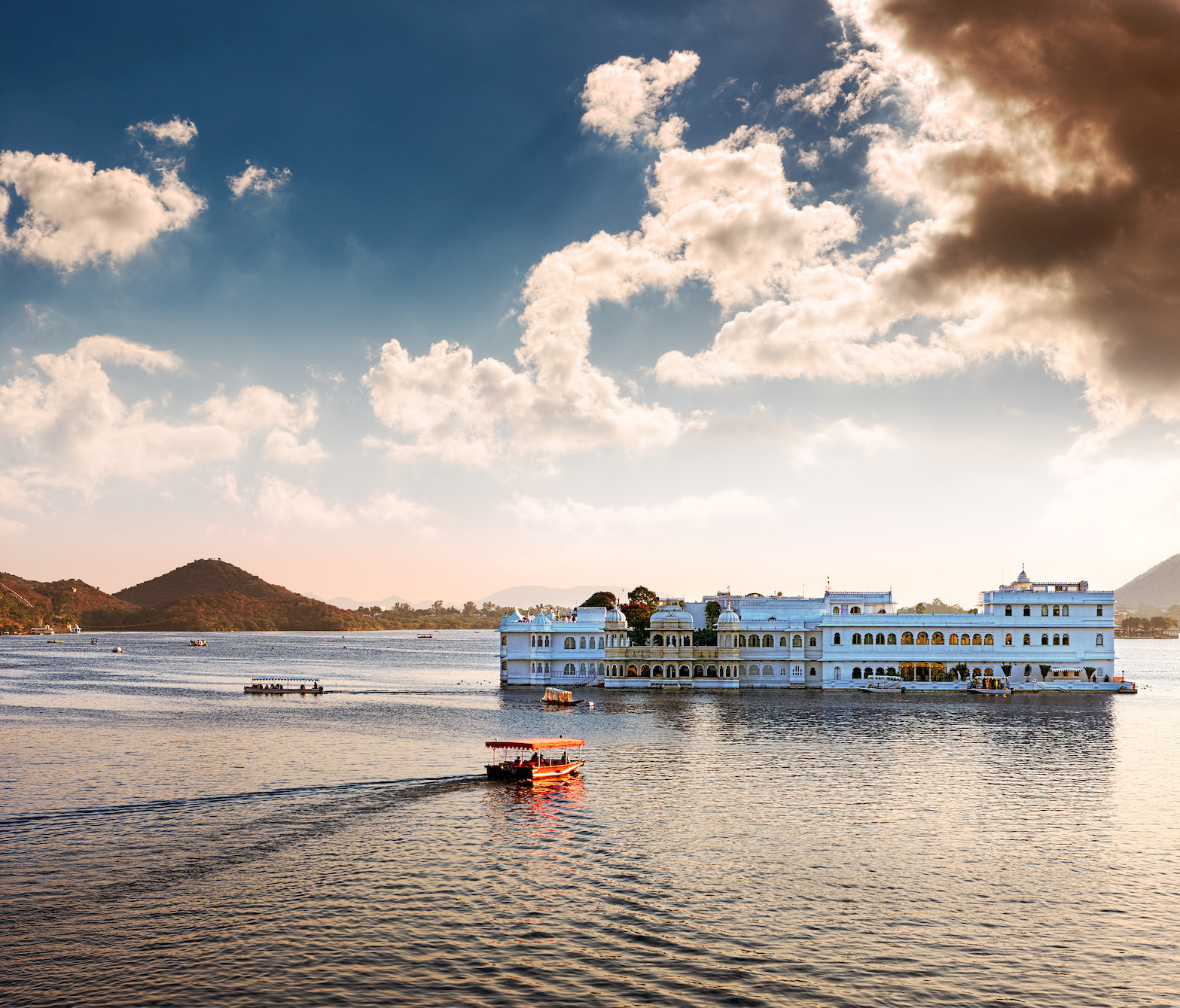 ESY-037449048 Taj Lake Palace. Taj Lake Palace, Udaipur (India)