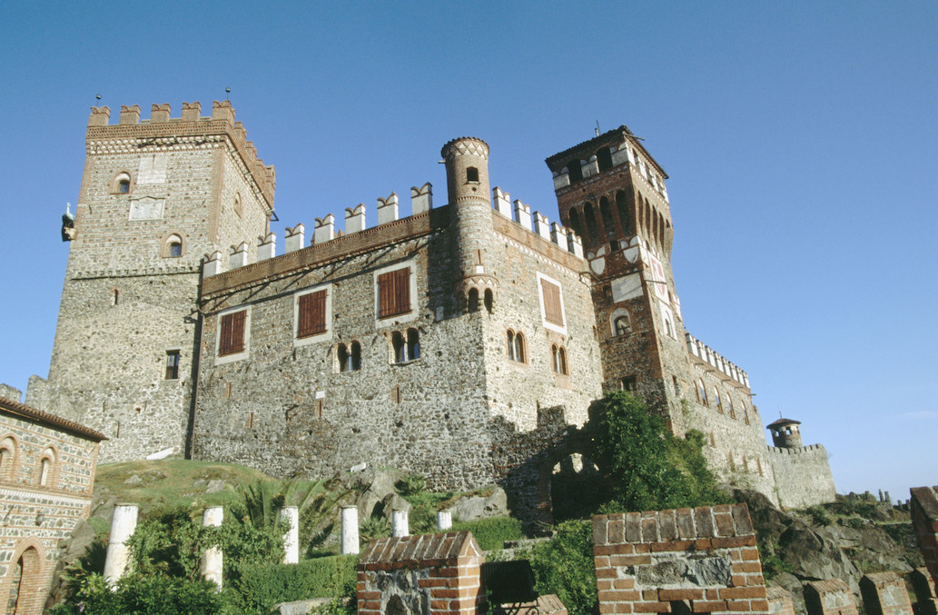 F20-311872 Castello Pavone. Castello Pavone, Turín (Italia)