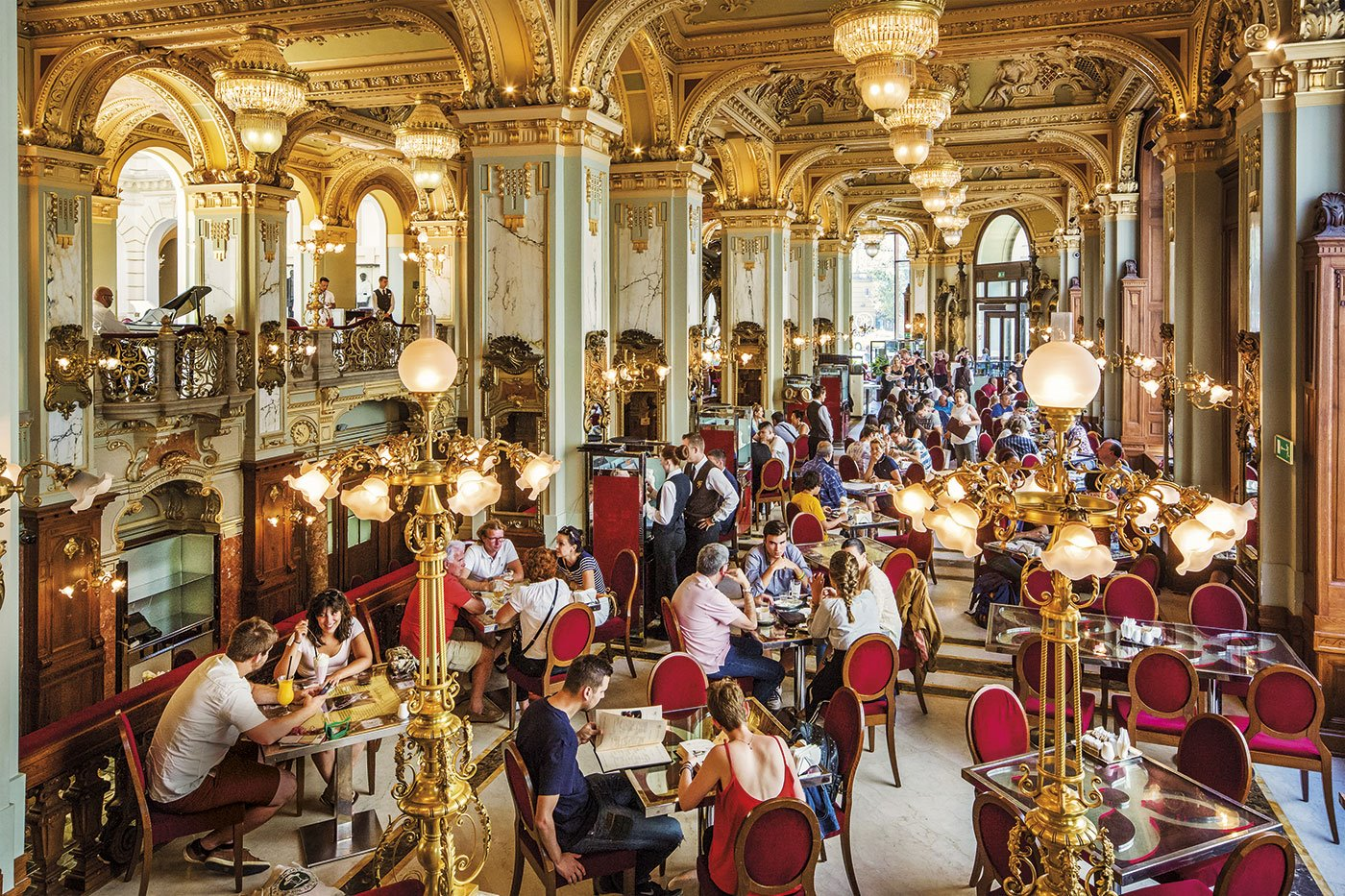 cafe-new-york-budapest. Café New York