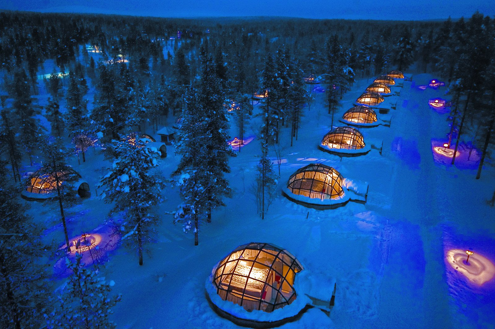 Igloos-view-from-air-Kakslauttanen-JPG. Kakslauttanen Arctic Resort