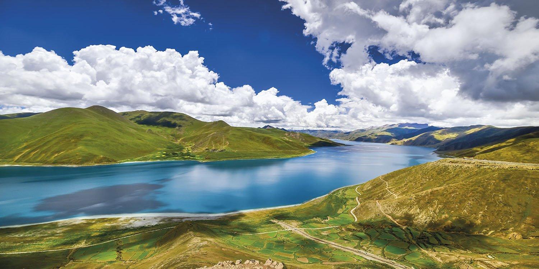Lago Yamdrok - Tibet. Lago Yamdrok