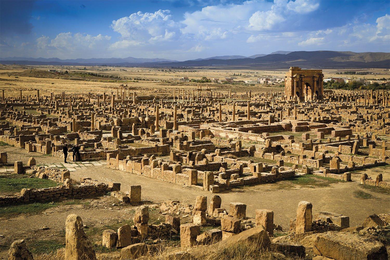 01 03 vista ciudad romana Timgad Africa. Las ruinas de Timgad