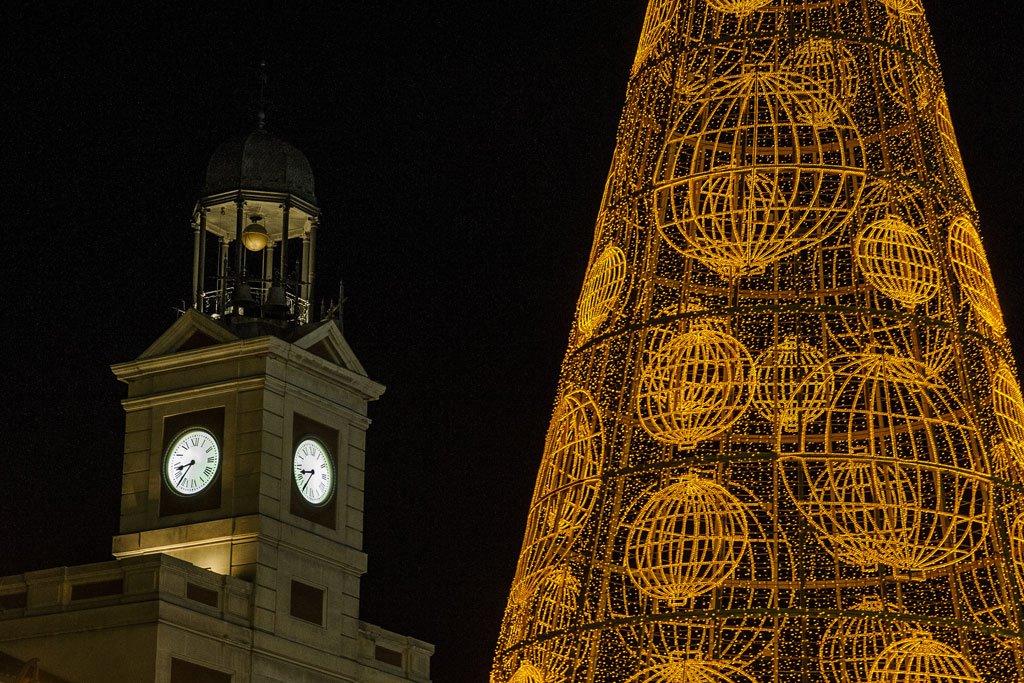 Madrid. Celebrar el Año Nuevo en la Puerta del Sol