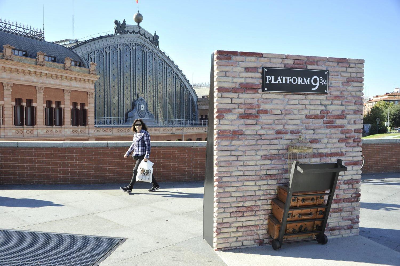 Plataforma 9 3/4 en la Estación de Atocha. Más magia con Harry Potter