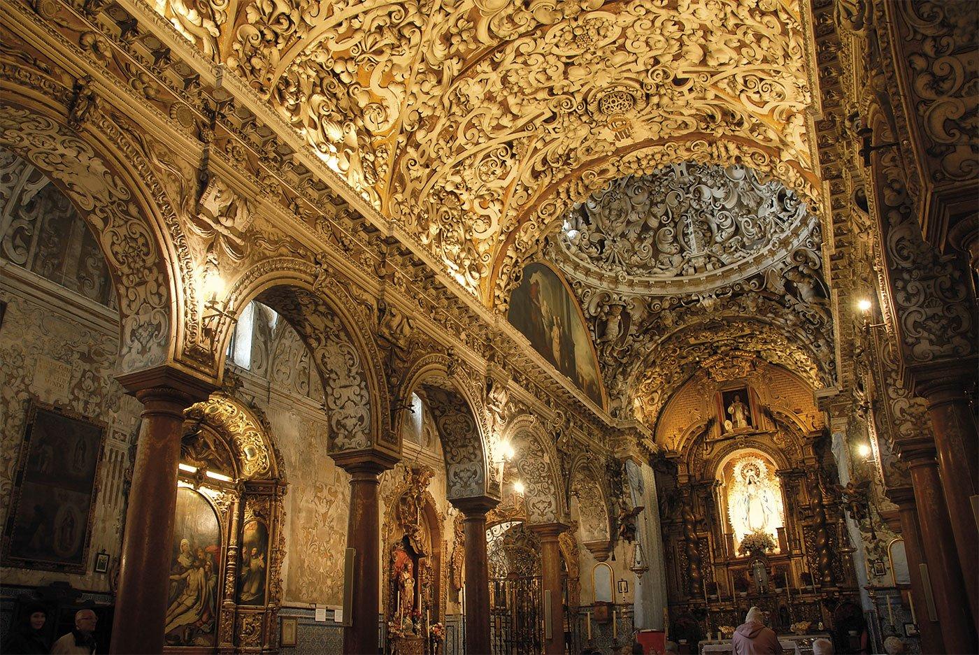 santa-maria-la-blanca-murillo. Iglesia de Santa María la Blanca de Sevilla. Vista de su interior barroco.