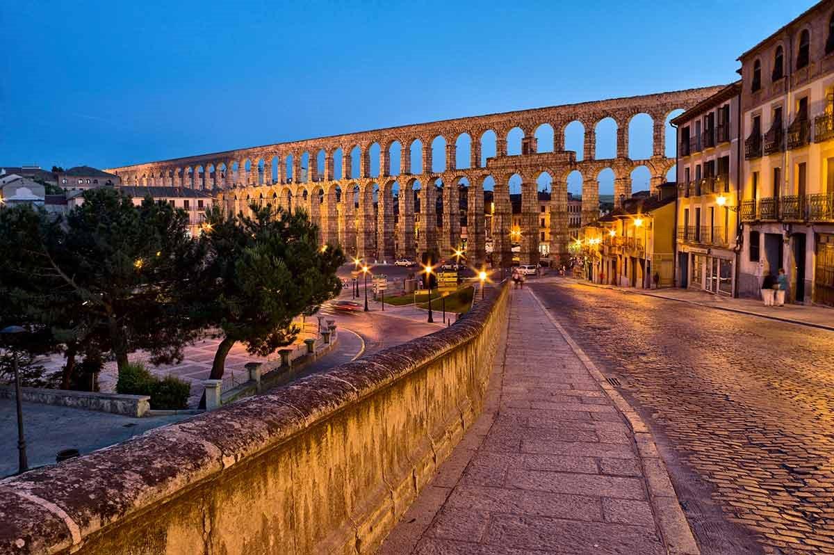 segovia. Ciudad vieja y acueducto de Segovia