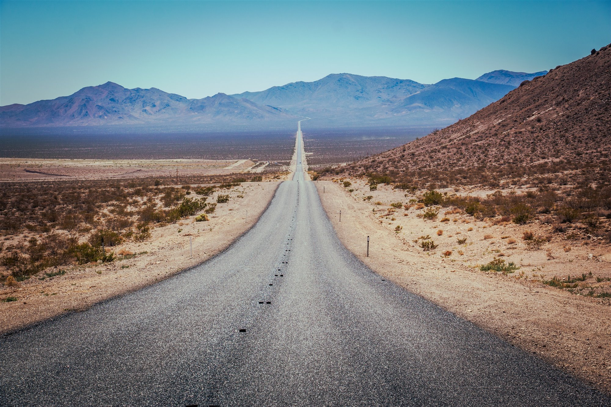 "jakub-gorajek-286373-unsplash. ""En el camino"", Jack Kerouac"