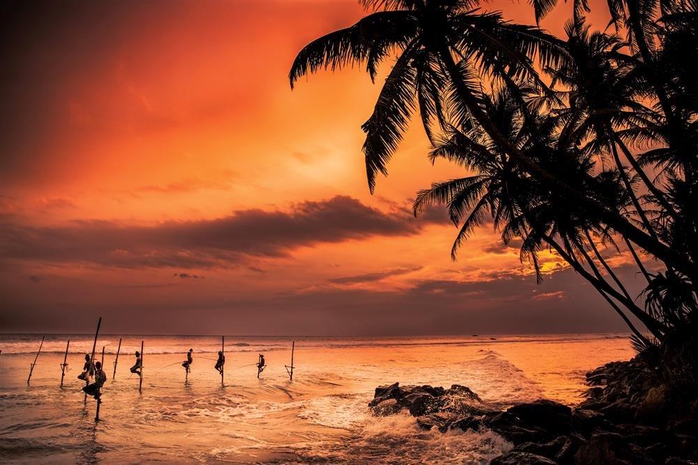 """Fishermen-Sri-Lanka-Philippe-CAP. """"El pez escorpión"""", Nicolas Bouvier"""